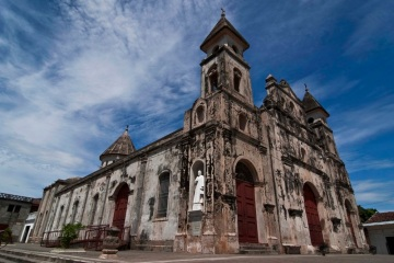 Iglesia Guadeloupe, a Catholic Church in Granada, originally built in 1624 still bears the scars of the 1856 fire set by Walker's men as they abandoned the city. It was one of the few structures left standing in the wake of his destruction.