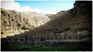Ollantaytambo is a large-scale tambo created by the Inca emperor Pachacuti. The town provided lodging for the Inca nobility.