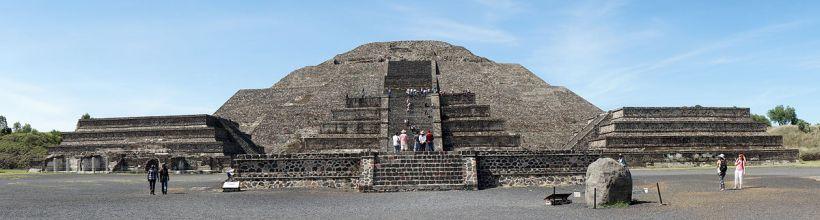 Panorama Moon Pyramid Teotihuacan