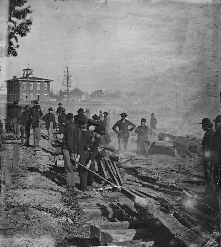 Sherman_railroad_destroy_noborder