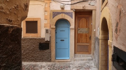 Living in the medina can mean cramped corners, however. Each of these doors leads to a different home.